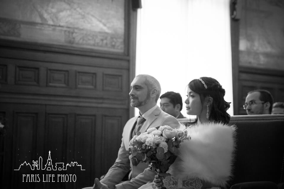 結婚式中モノクロ