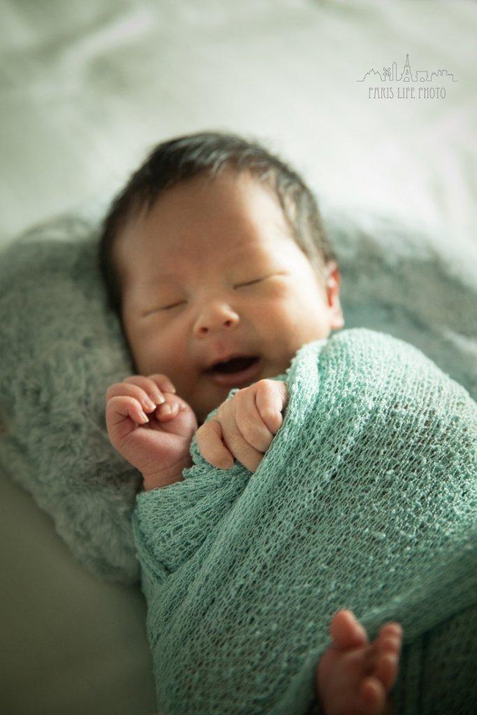 パリで新生児フォト
